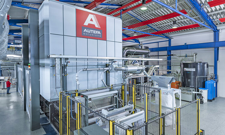 AUTEFA Solutions conducted successful spunlace trials in the Nonwovens Competence Center in Linz, Austria together with Lenzing and their team behind the VEOCEL™ brand